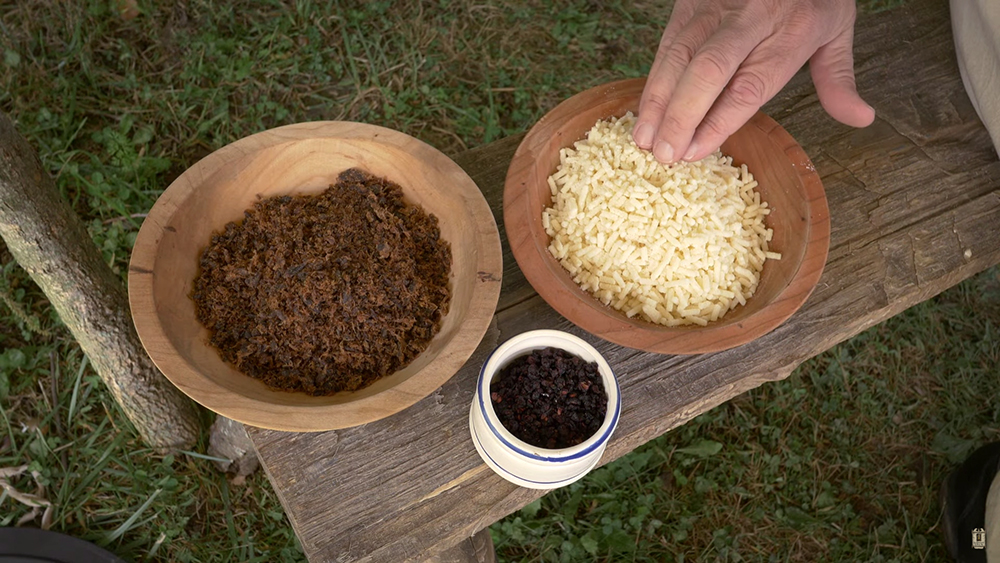 Pemmican meat survival food berries fat protein 1